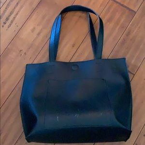 Forever 21 faux leather tote black